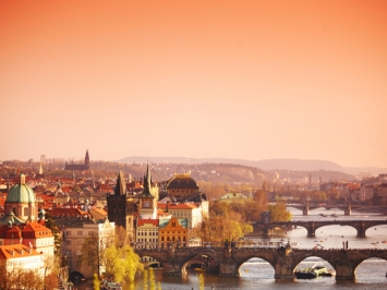 LetsBonus & Praga